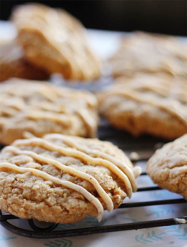 Clara-Persis-Chai-Spiced-Oatmeal-Cookies-1